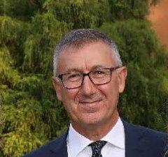 foto di giuseppe sarcinelli, autore del libro