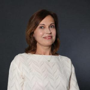 Nadia Joguina, customer service
